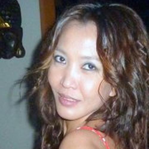 Sukanya Namsomboune's avatar