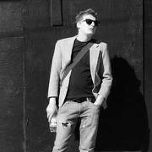 LJ Maric's avatar