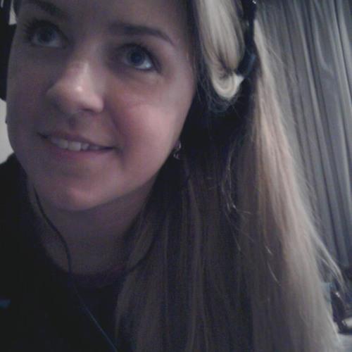 Ester Kalvik's avatar