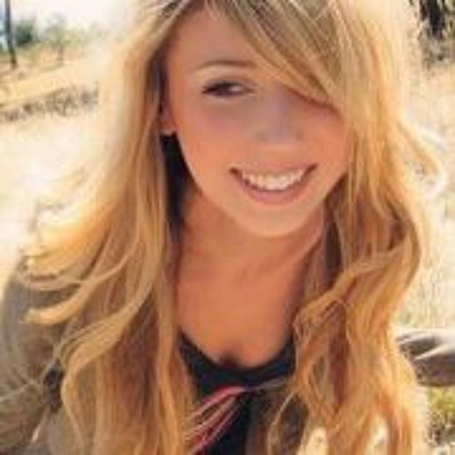 Chelsey Conaway's avatar