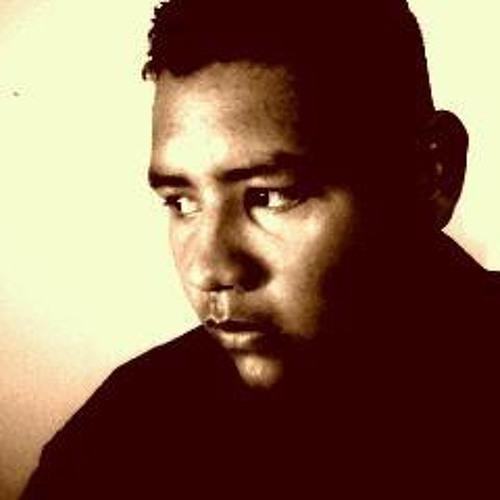 Hugo Valencia G's avatar