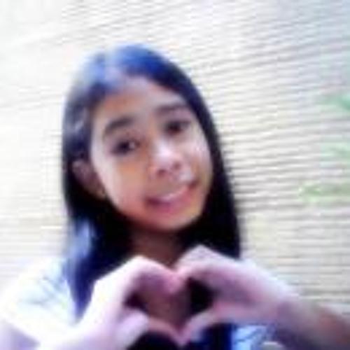 Juliana Isabella Magno's avatar