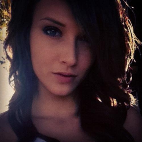 Shila Nade's avatar