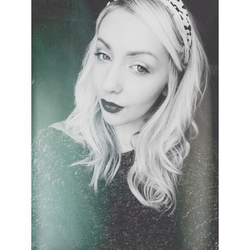 Becky Lovering's avatar