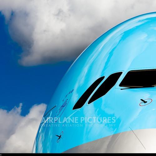 ozzi-737-800's avatar