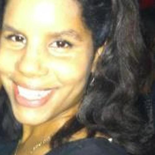 Ella Bennett 1's avatar