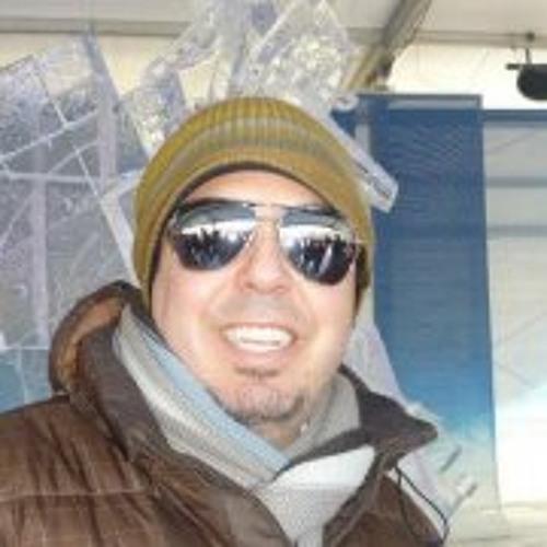 Eduardo Rojas 27's avatar