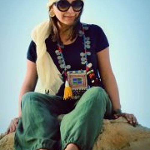 Maryam HoSnijani's avatar