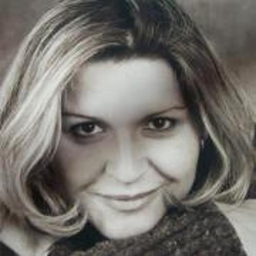 Roberta Halasz's avatar