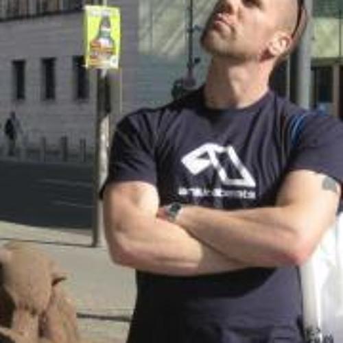 Liam D Robertson's avatar