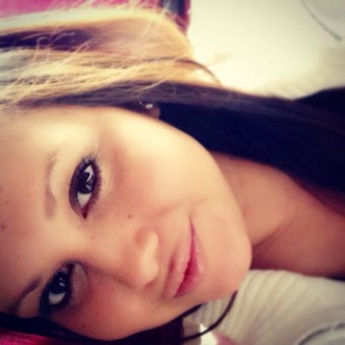 LizetteEliza's avatar