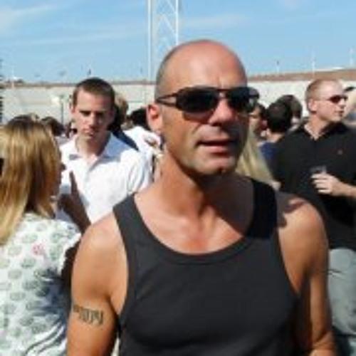 Andre van Wort's avatar