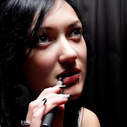 NadineDi's avatar