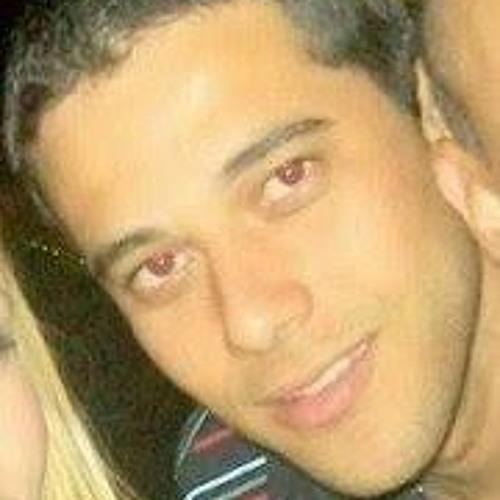 Fernando Nascimento 18's avatar