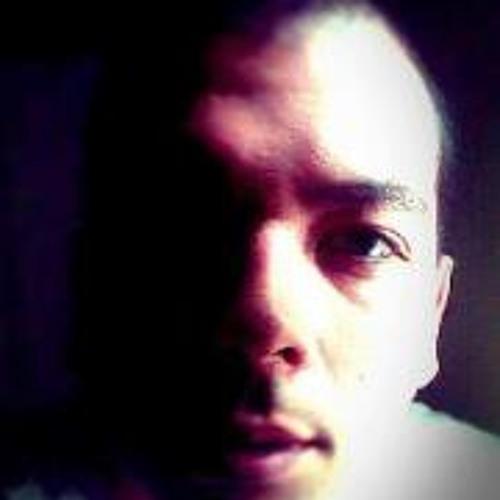 Bradley Hernandez 2's avatar