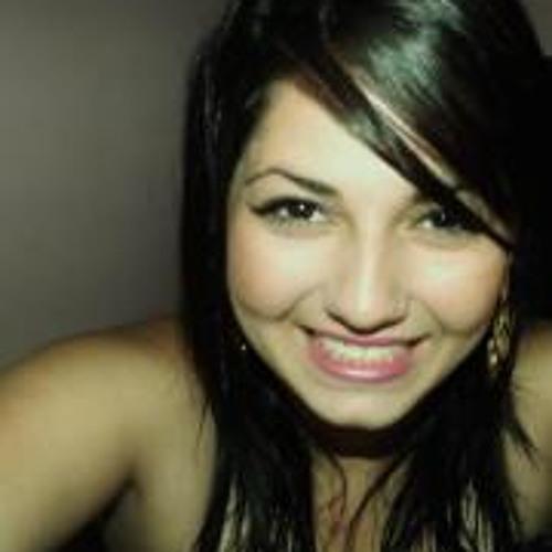 Monike Stephanie's avatar