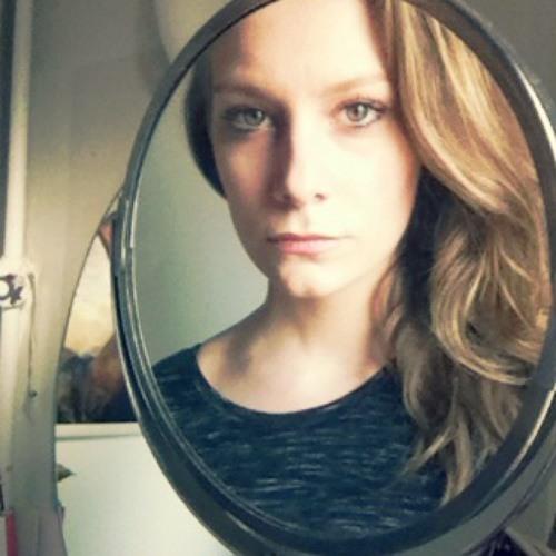 Mathilde CC's avatar