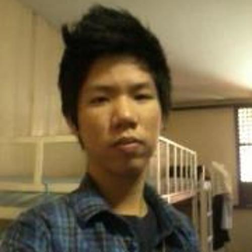 Wai Lun Kho's avatar