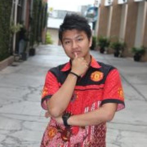 Arivano Kurniawan's avatar