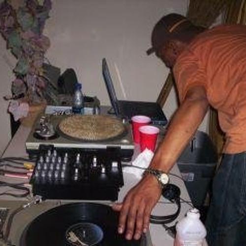 DJ UnderGround's avatar