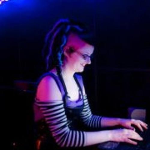 Lisa Jane 11's avatar