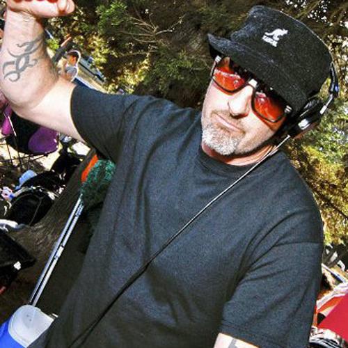DJ Ethan Miller's avatar