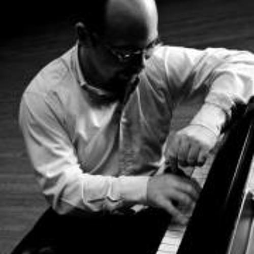 Christopher Guzman piano's avatar
