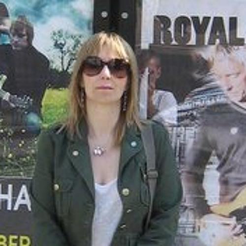 Xanthe Moore's avatar