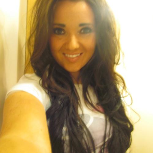 Natalie Yvonne Taylor's avatar