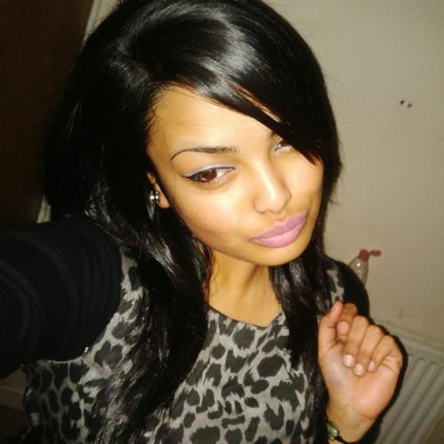 aysha_lovinglife's avatar