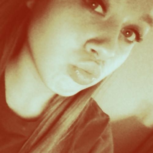 -Taylor<33's avatar