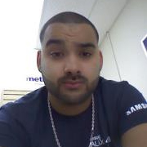 Eloy Lazaro Bastos's avatar