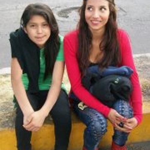 Paola Montserrat's avatar