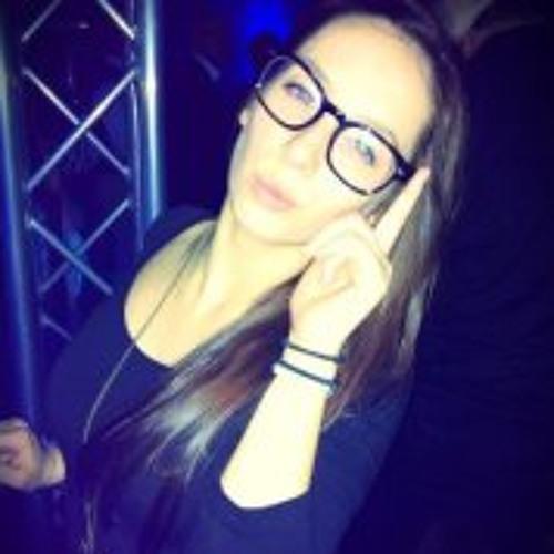 Ula Groznik's avatar