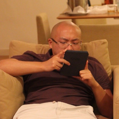 Dennis Chiuten's avatar