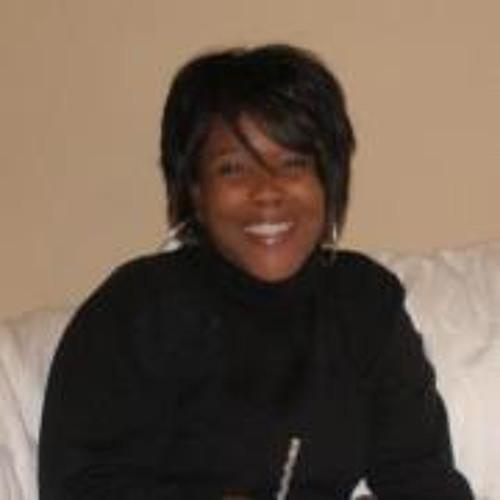 Vanessa Carver's avatar