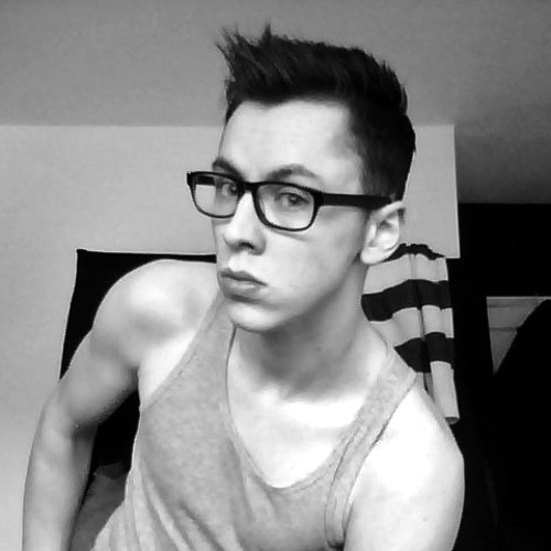 Andrew Webb 9's avatar