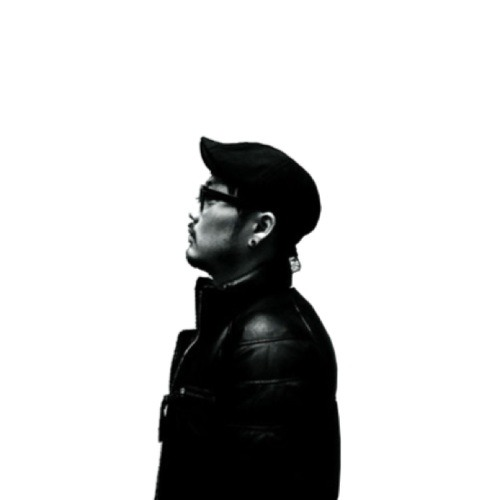 Viktor Jan's avatar