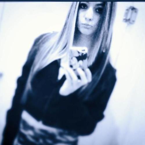 Katee Misale <3's avatar