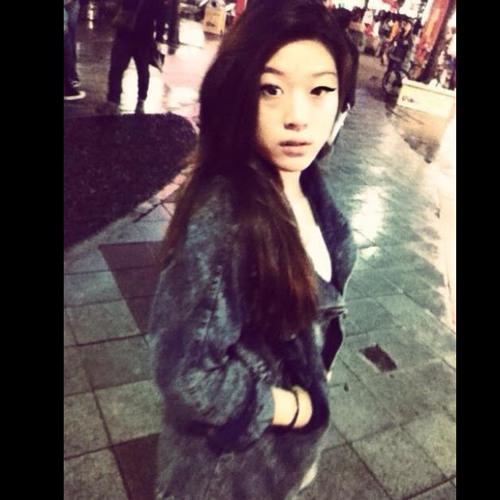 Tsz N's avatar