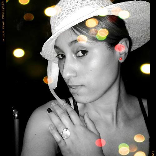 Gigi Augusto's avatar