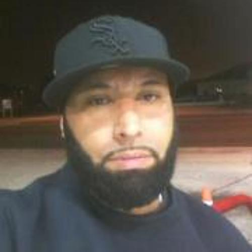 Reggie Medina's avatar