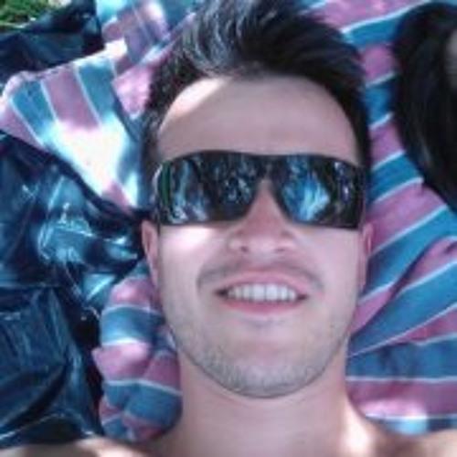 Alex Castañeda 18's avatar