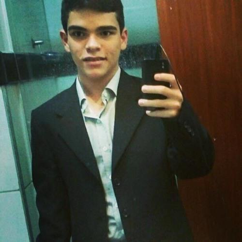 Guilherme Oliveira 18's avatar