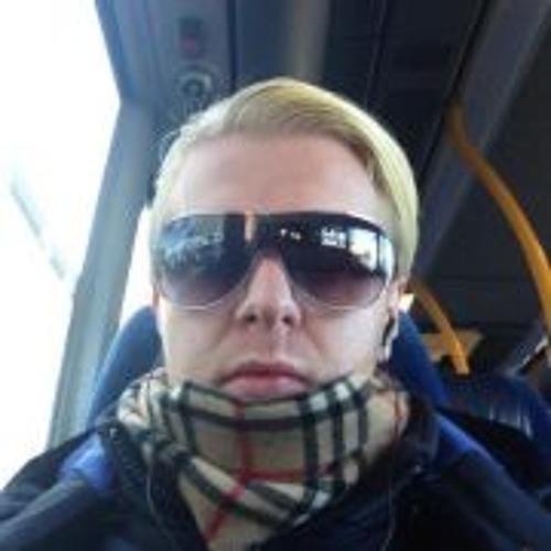 user560970280's avatar