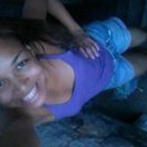 Mari Aragão's avatar
