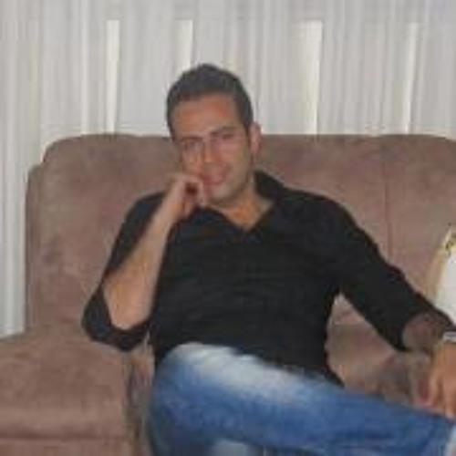 Arian Bakhtou's avatar