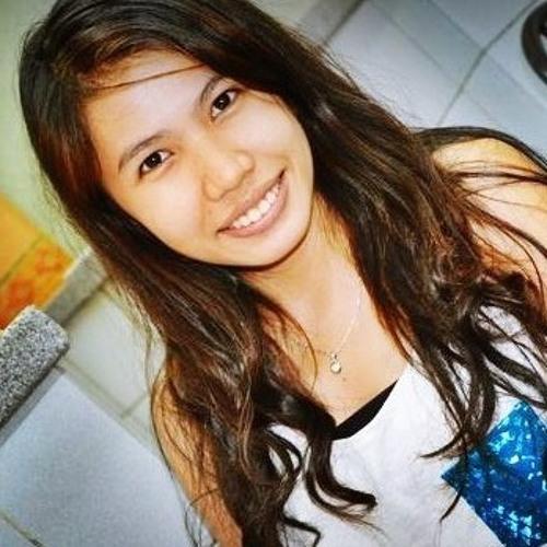Carisa May's avatar