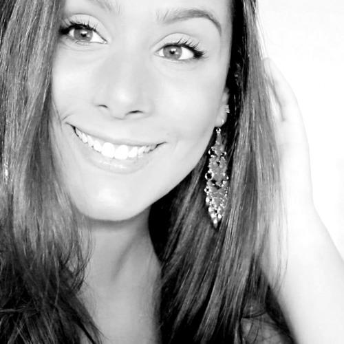 Amanda Coronha's avatar