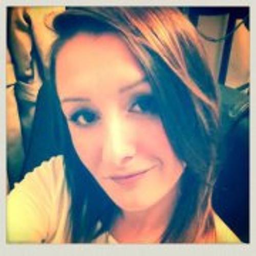 Ella Maier's avatar